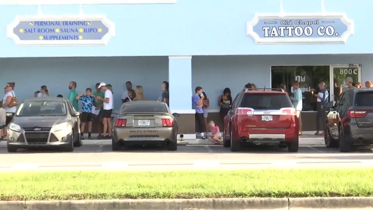 Families line up outside Venice chiropractor's office to get medical exemption forms for school mask mandate