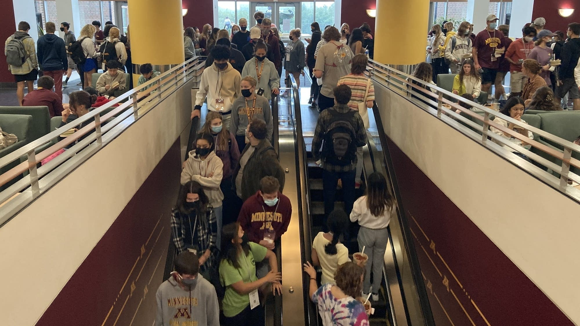 Minnesota colleges' prerequisite: COVID vaccinations for students